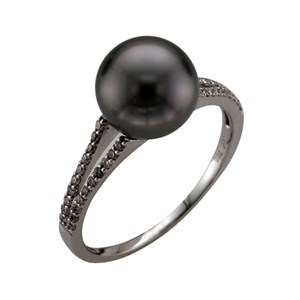 Beards Tahitian Pearl & 18ct White Gold Ring