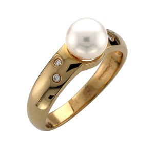 Beards 18ct Yellow Gold, Diamond & Pearl Ring